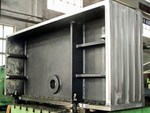 大型製缶部品(印刷機械関係フレーム)